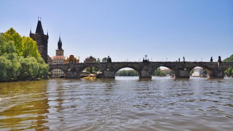 Карлов мост с катера