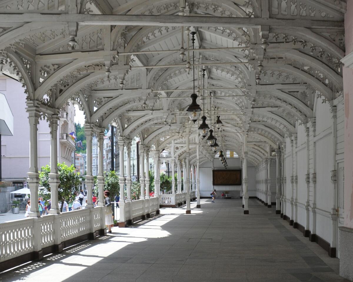 Рыночная колоннада в Карловых Варах