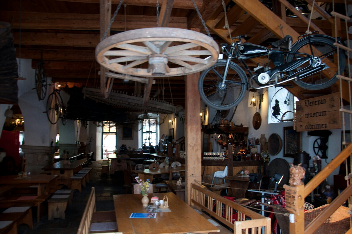 Интерьер кафе в Чешском Крумлове