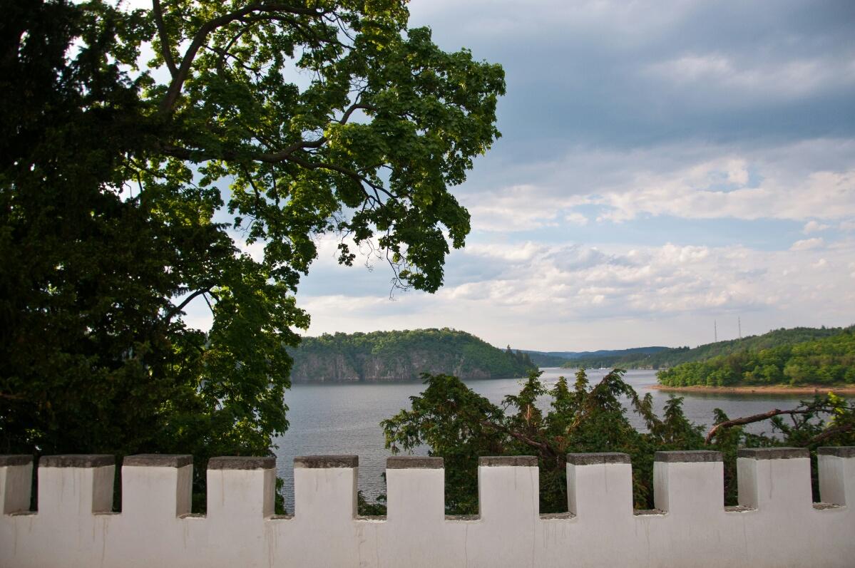 Виды со стен замка Орлик