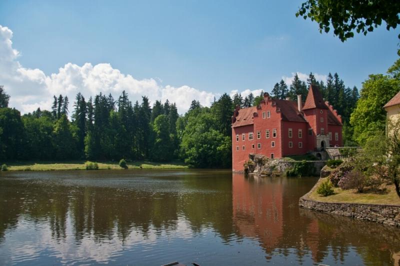 Замок Червона Лгота