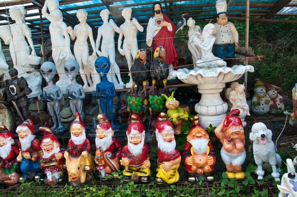Бесстыжие садовые гномы в Грженско
