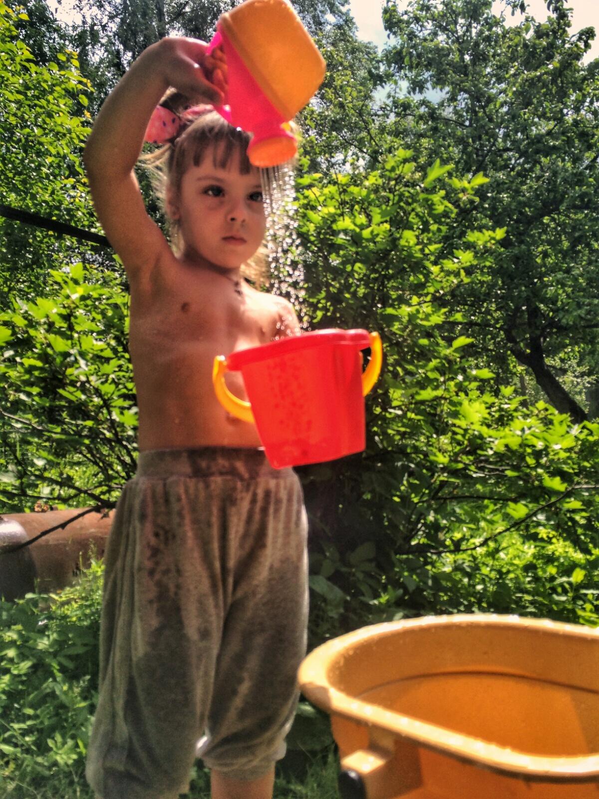 Водные забавы с лейками