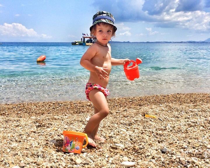 На пляже Барбати