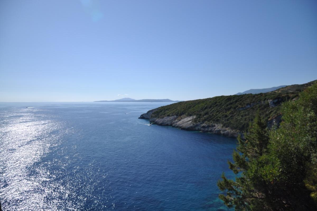 Вид на море с мыса Скинари