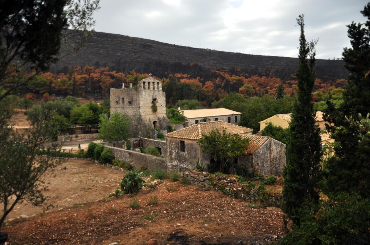 Монастырь Анафонитрии