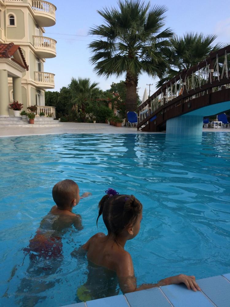 Закинтоский купальный сезон открыт