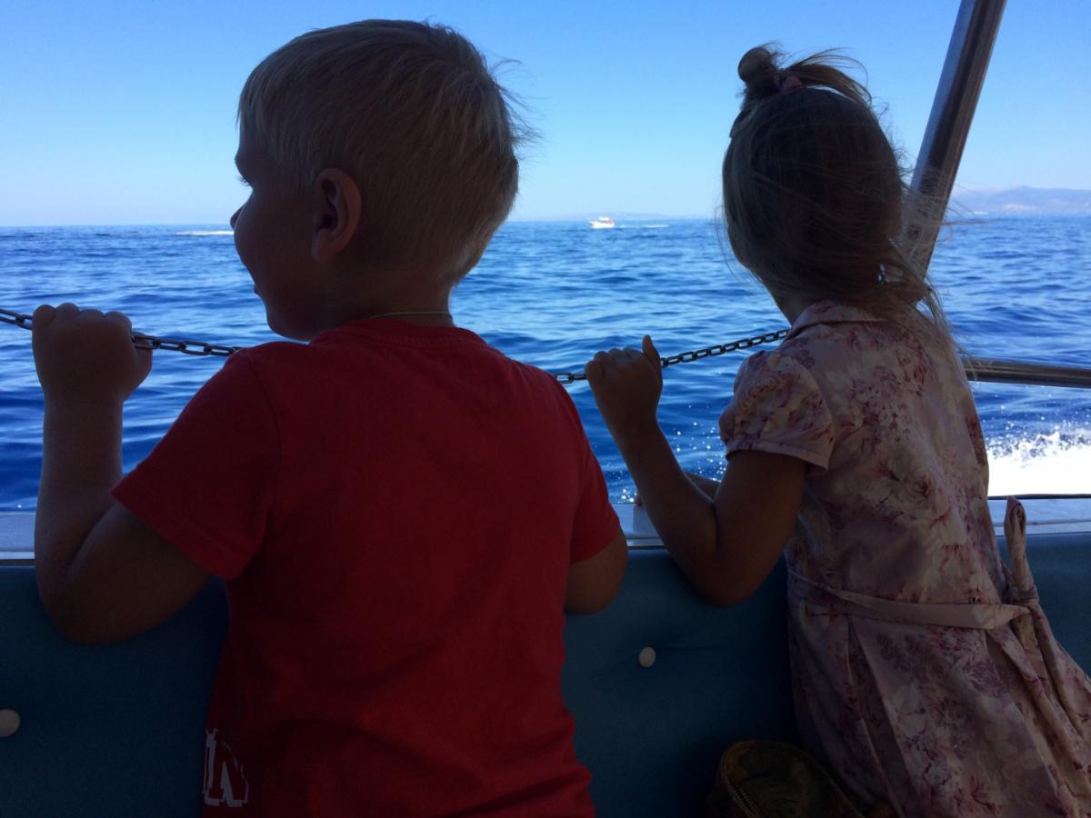 Наслаждаемся морской прогулкой