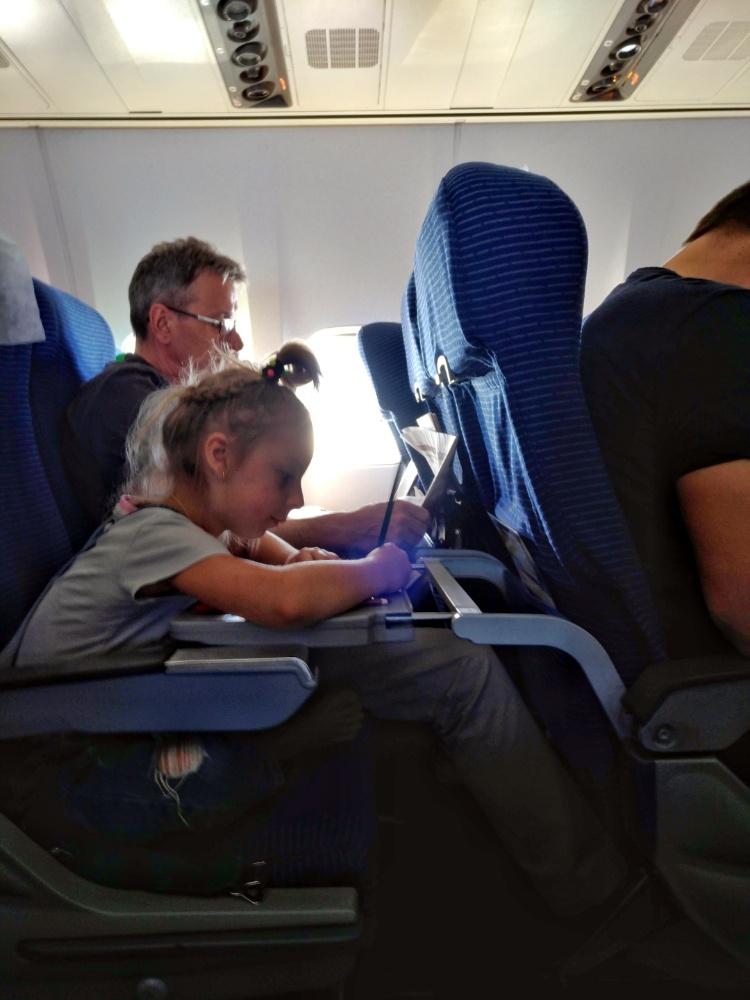 Расскраска от Nord Star помогла скоротать время в полёте