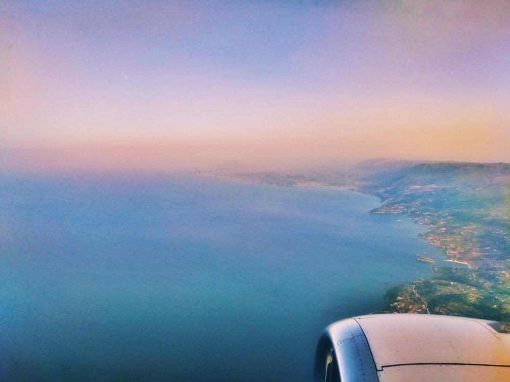 Море из иллюминатора