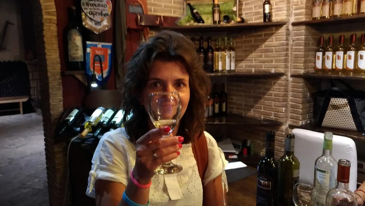 Дегустируем вино в винотерии Callinico