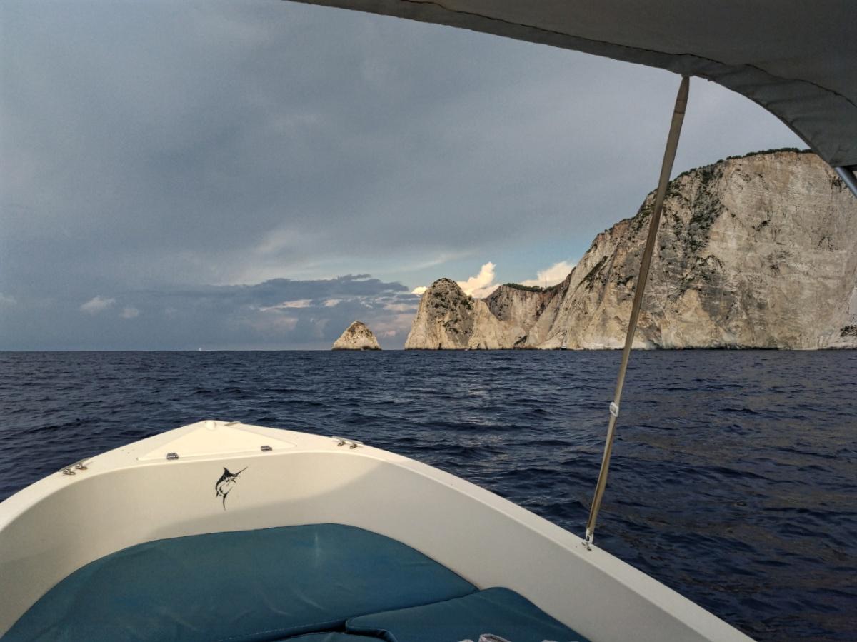Вид на берег Закинфа с лодки