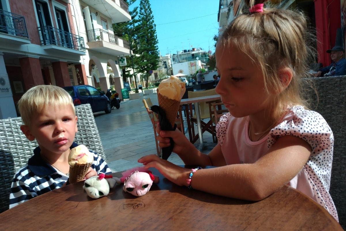 Кушаем мороженое в Закинтосе