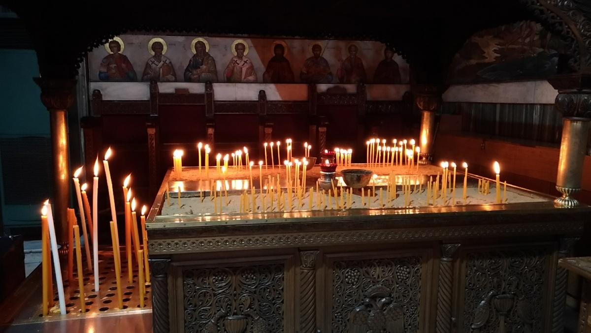 В церкви Agios Dionysios