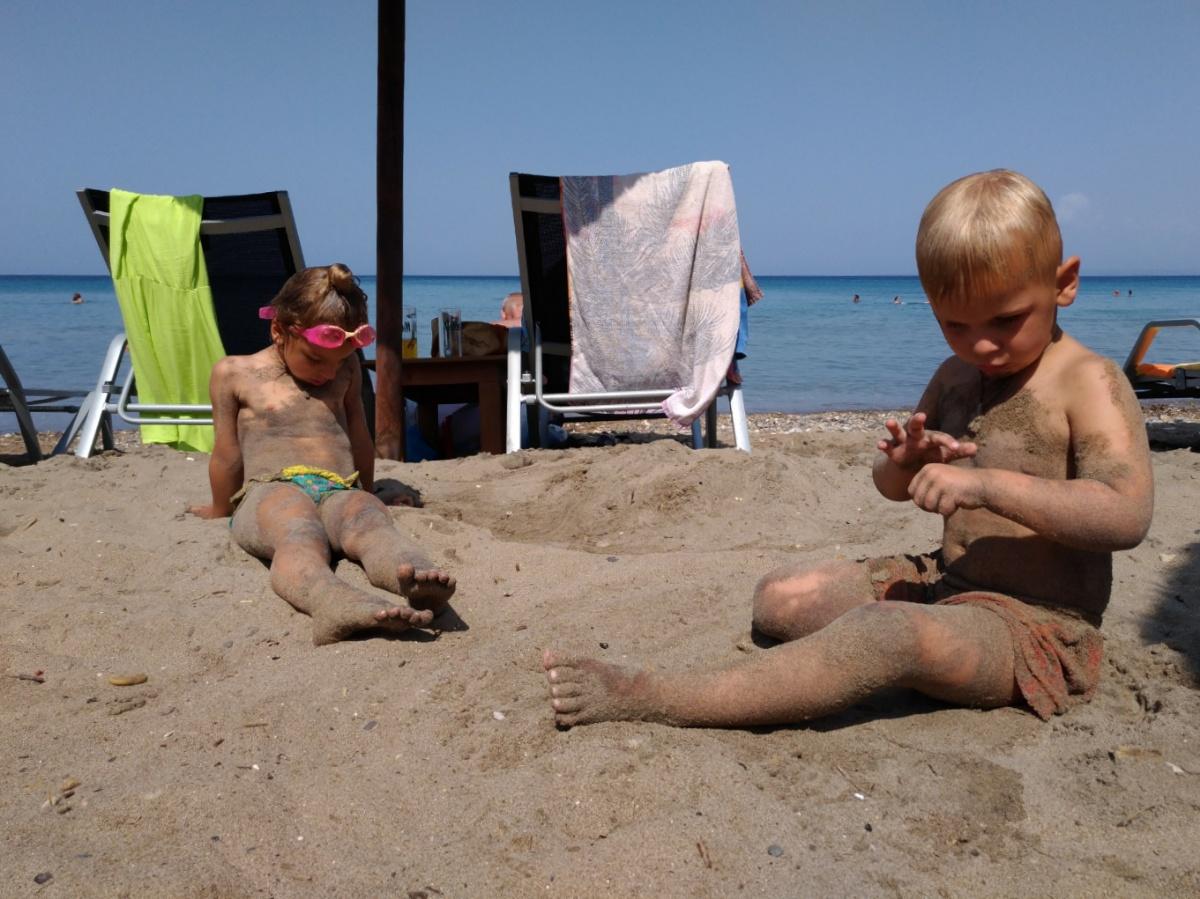 Песчанный пляж Porto Zorro